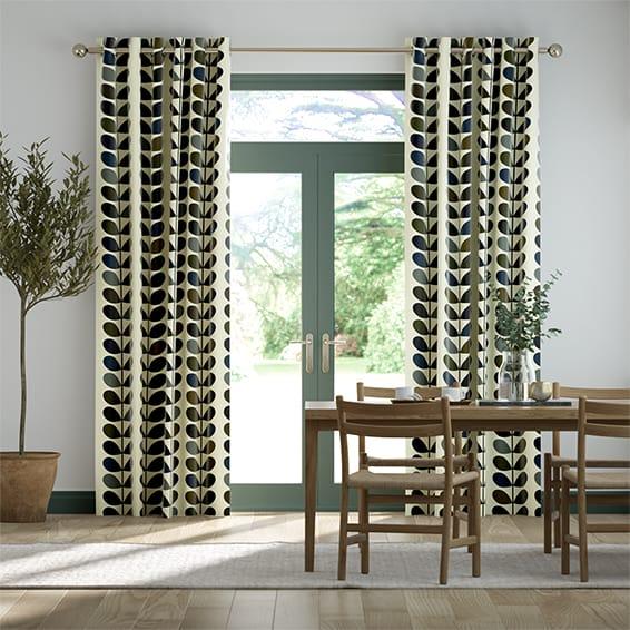Multi Stem Moss Curtains