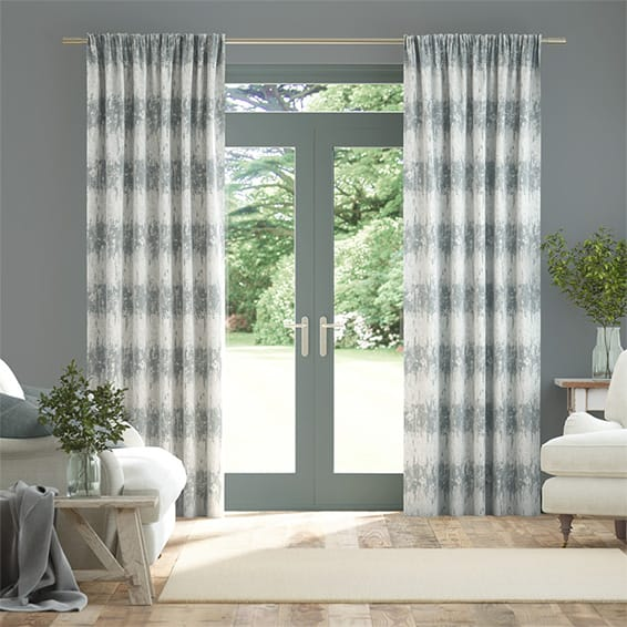 Pumice Mineral Curtains