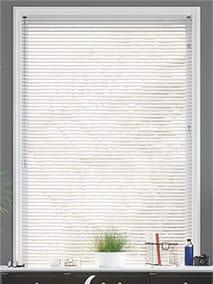 Studio Gloss White thumbnail image
